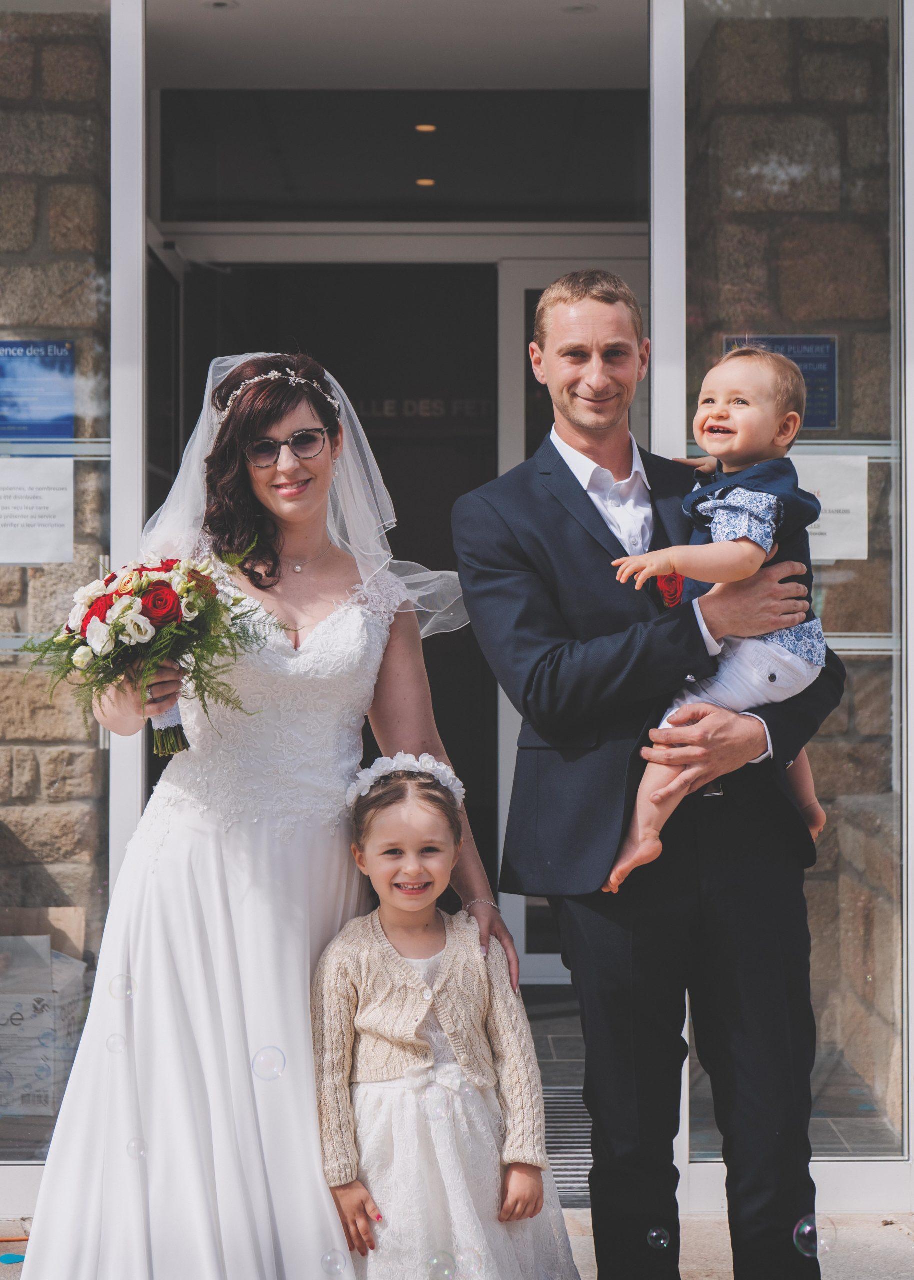 mariés enfants famille mairie mariage vannes